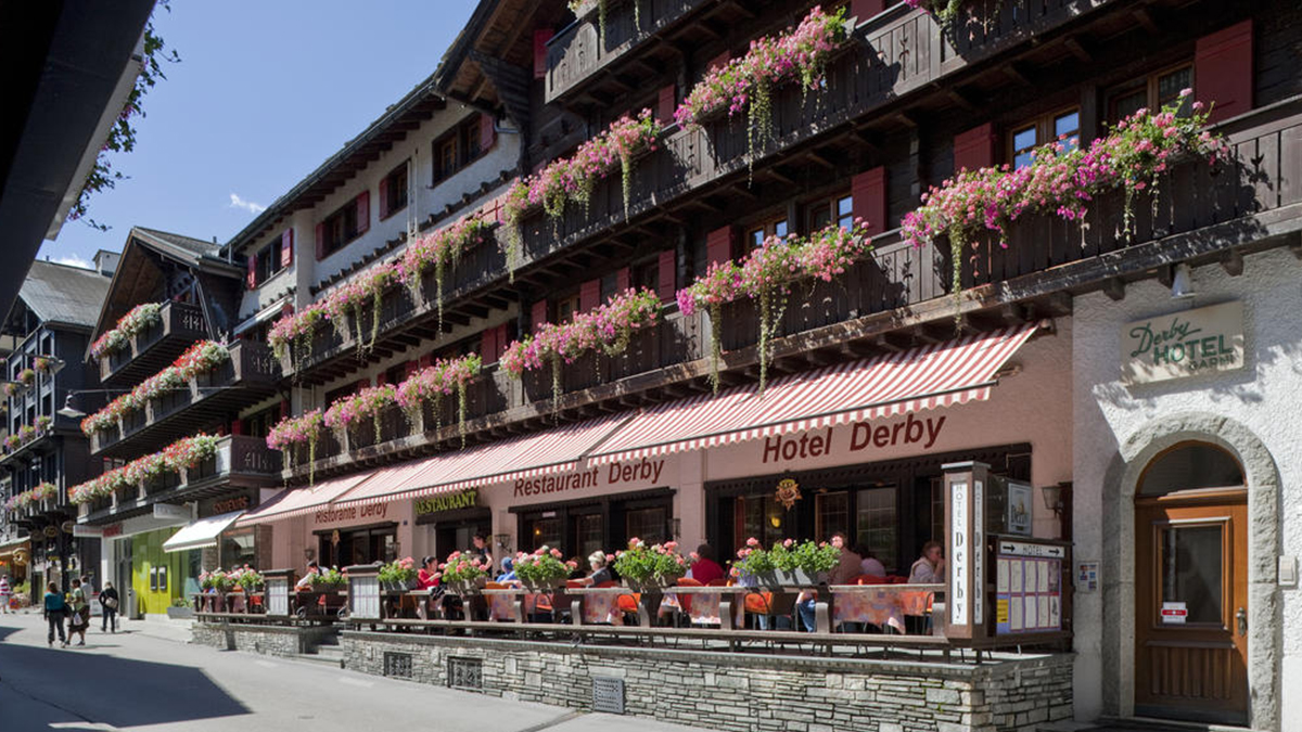 There Are So Many Zermatt Hotels, Which One Should You Choose?